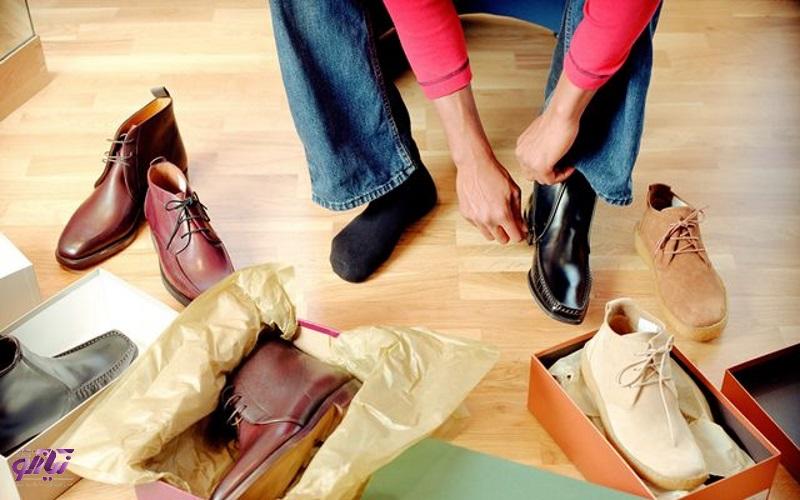 3 ترفند برای خرید صحیح کفش بادوام