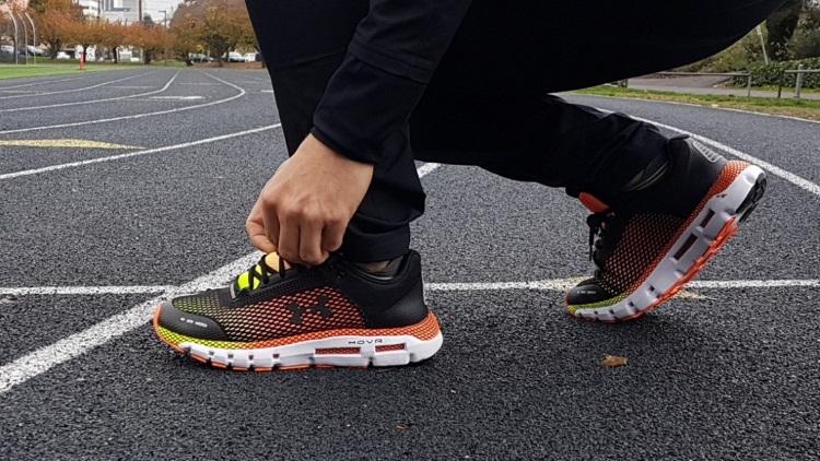 کفش ورزشی هوشمند Hovr Infinite با قابلیت رصد حرکات کاربر